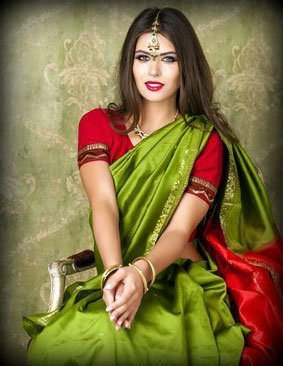 Secrets to Look Slim in a Saree